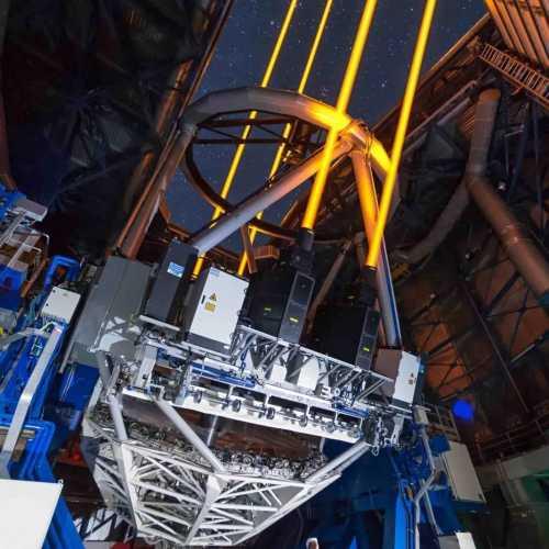 这望远镜可比哈勃强太多了