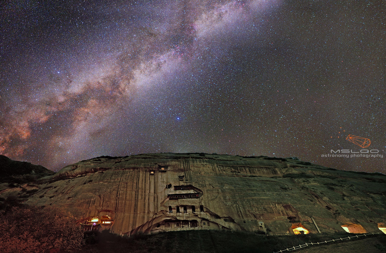 马蹄寺银河.jpg
