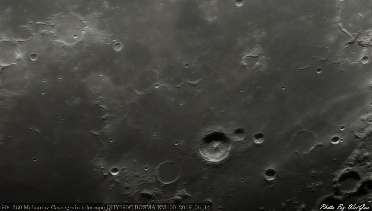Moon_204452_g4_ap400.jpg