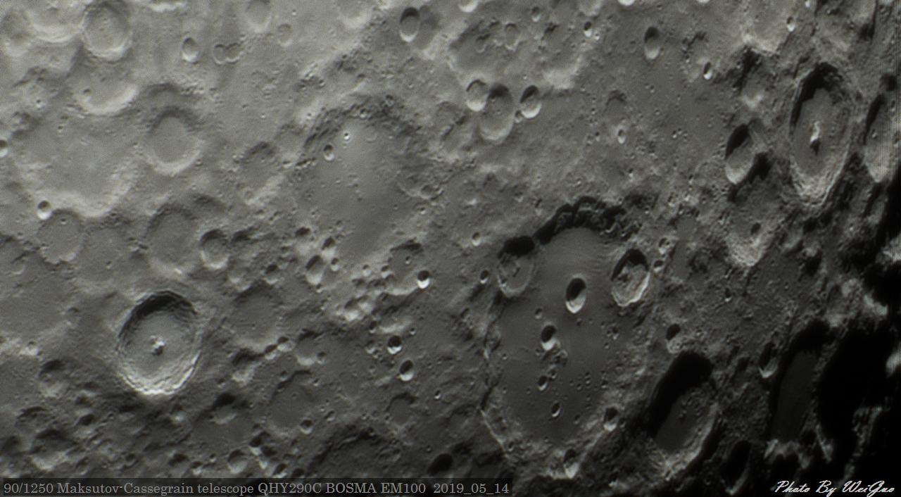 Moon_204142_g4_ap449.jpg