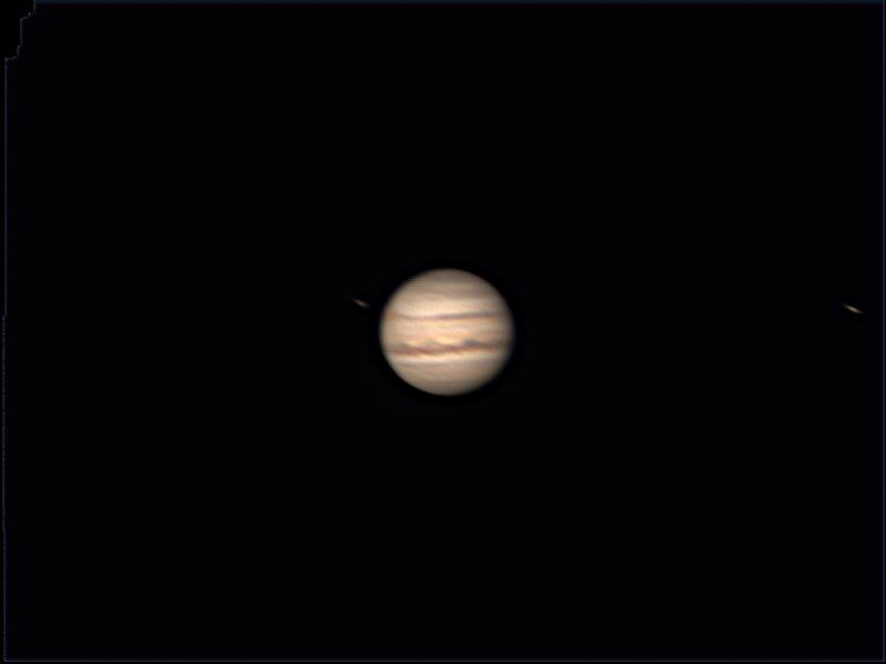 木星 好像有大红斑 但是快转过去了