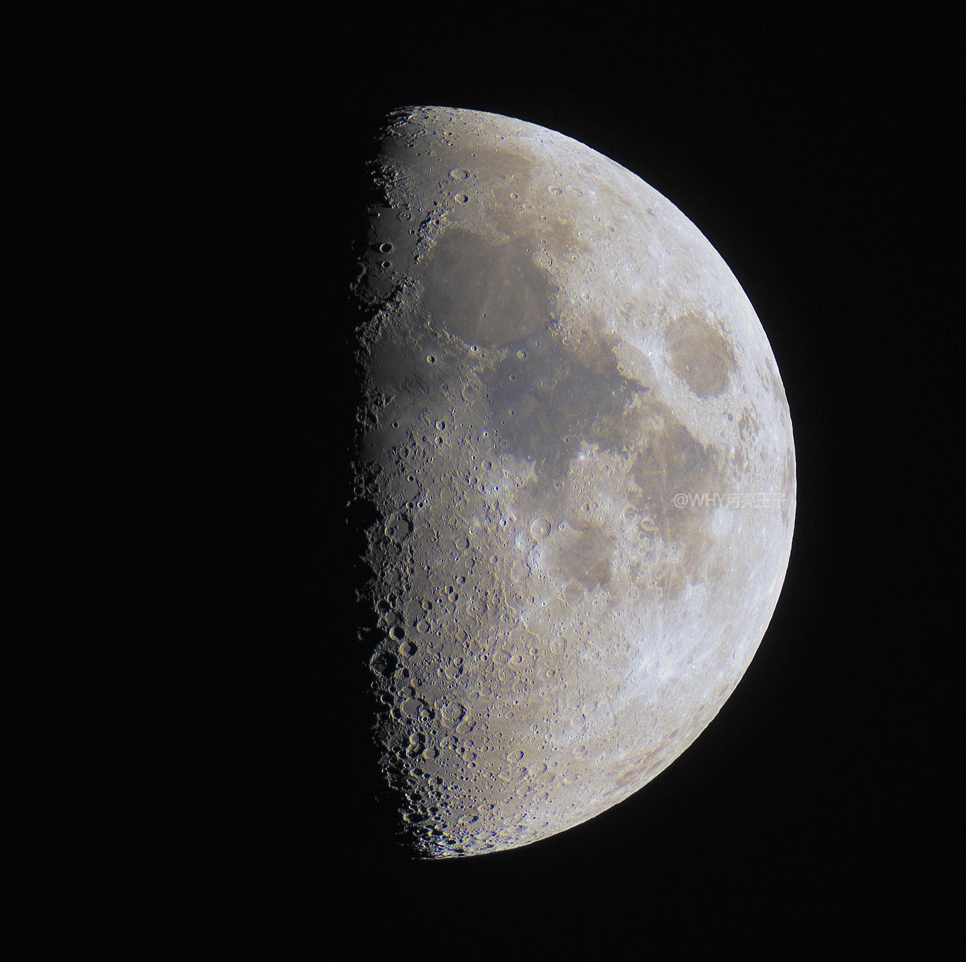 月球最终-色彩增强-FINAL.jpg
